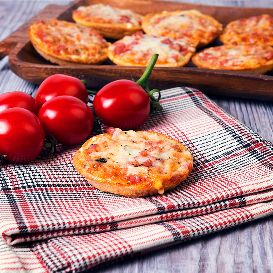 Mini pizzy s mozzarellou Cubettini