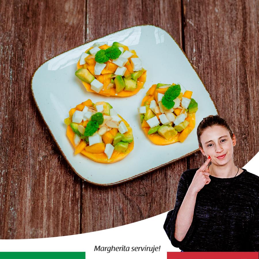 Tatarák s avokádom, mozzarellou, mangom a citrusovou zálievkou