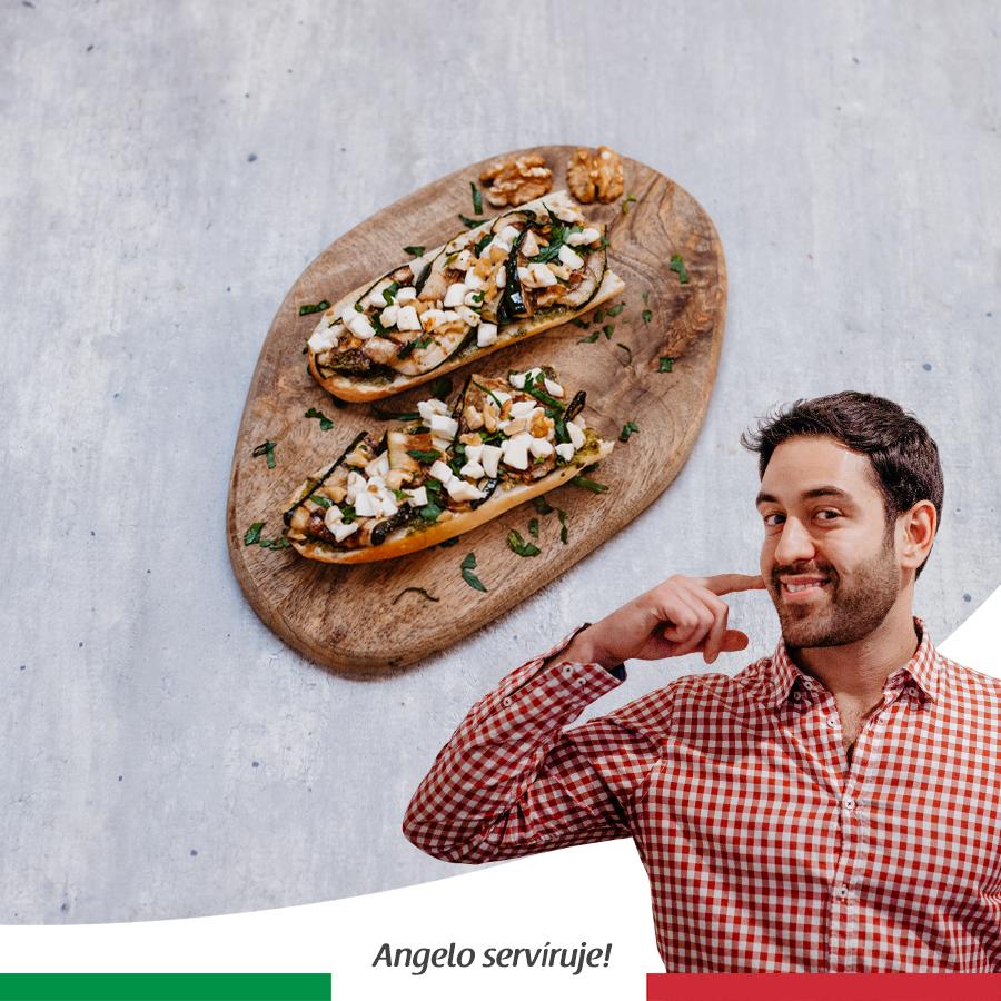 Crostini s cuketou a mozzarellou